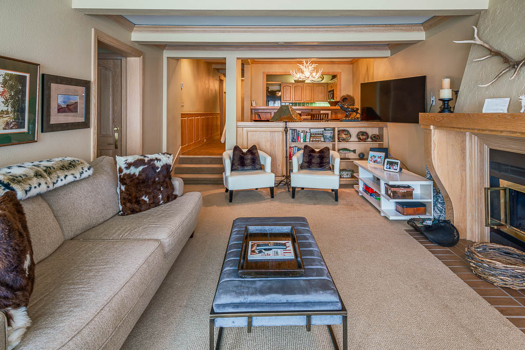 2-Bedroom Standard Residence (B406)