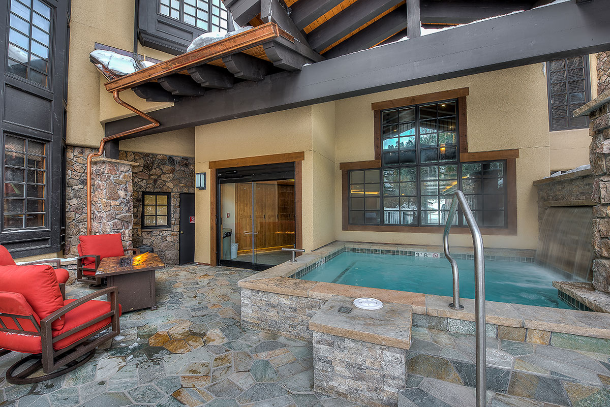 Hot Tub / Spa Area
